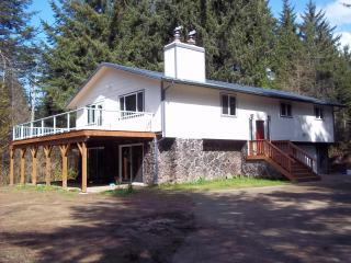Dune Getaway between the Bays - North Bend vacation rentals