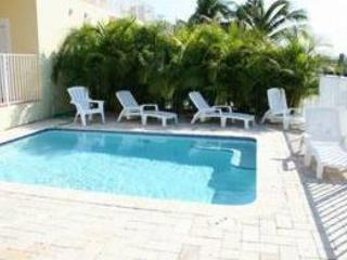 Casa Amarilla, 4/4 with a private pool, # 93 - Key Colony Beach vacation rentals