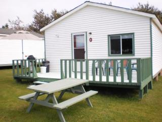 Island Life Cottages, Brackley Beach, 2 Bedroom, - Cavendish vacation rentals