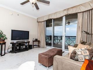 AZ504: Beach front 3BR/3BA + BUNK ROOM 5th floor, FREE BEACH SERVICE! - Fort Walton Beach vacation rentals