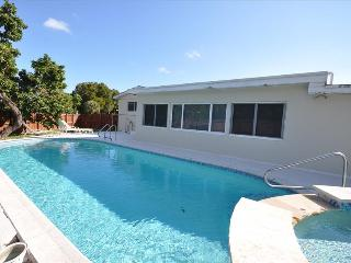 The Sunshine Villa # 1118  in North Miami Beach , FL - North Miami Beach vacation rentals