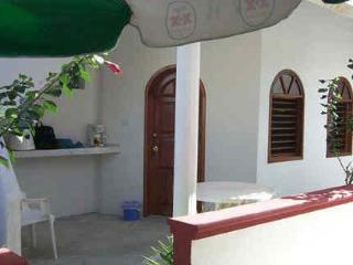 Alicia's Bed and Breakfast - Cozumel vacation rentals