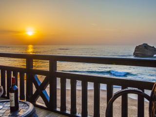 Unwind in your Biarritz Oceanfront Luxury 3BR Apt - Biarritz vacation rentals