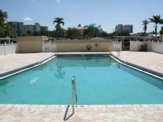2 Bedroom Condo in Beautiful Ft. Myers Beach - Fort Myers Beach vacation rentals