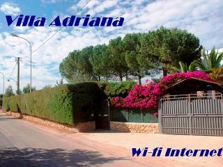Villa Adriana 300 meters far from the sea -Wi-fi Internet - Noto vacation rentals