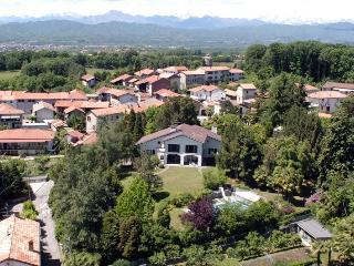 Vergante Estate holiday vacation large villa rental italy, lake district, italian lakes region, lake maggiore, lake orta, holiday vacati - Gattico vacation rentals