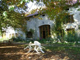 Domaine De La Pierre Percée - France vacation rentals