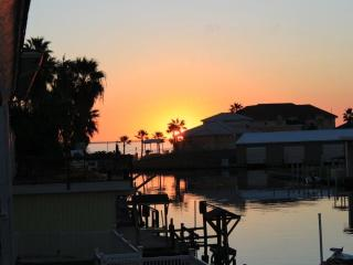 Royal Estes-5 bedroom house in City by the Sea - Rockport vacation rentals