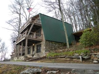 3 Story Giewont Mountain House - N. Carolina Mtn - Hendersonville vacation rentals