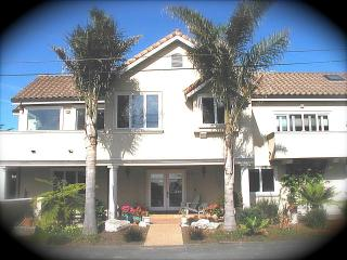 Luxury Beach Villa-Ocean Views all rooms - Jacuzzi - Santa Cruz vacation rentals