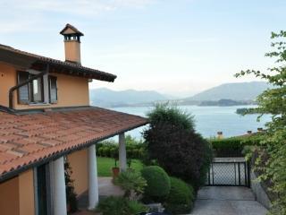 Casa Meina vacation holiday villa casa house rental italy, lake maggiore, lake district, vacation holiday villa casa house to re - Stresa vacation rentals
