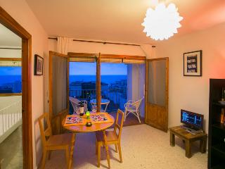 Beach Apartment, La Herradura, Andalucia, Spain - La Herradura vacation rentals