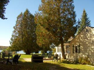 Charlevoix Waterfront Cottage - Charlevoix vacation rentals