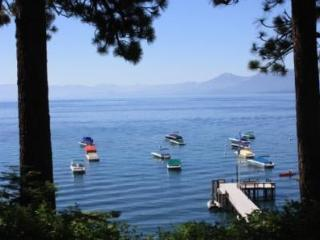 Dunbar - Lakeview luxury N.Shore townhome - Tahoe Vista vacation rentals