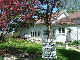 Ye Olde Manor House Bed and Breakfast - Wisconsin vacation rentals