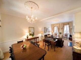 Mayfair Superior 3 Bedroom/2 Bathroom Apartment - Image 1 - London - rentals