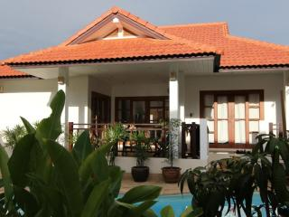 Lovely pool villa on Long Beach, Koh Lanta - Koh Jum vacation rentals