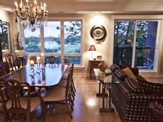 3 Bedroom Executive Condo in the Heart of Halifax - Halifax vacation rentals