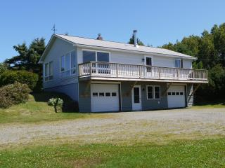 Dallas Ridge - cozy home close to skiing or lake - Rangeley vacation rentals