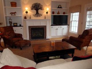 Village Penthouse - Duxbury vacation rentals