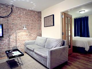 TEN15NYC  -CHECK US OUT! - New York City vacation rentals