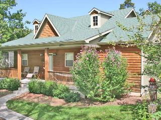 Rustic Elegance - Pet Friendly - 2br/2ba Lodging - Branson vacation rentals