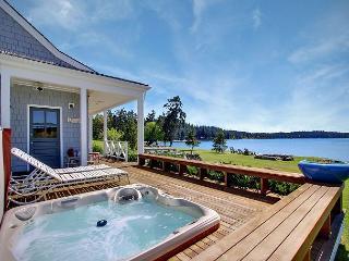Waterfront Home Near Roche Harbor w/Hot Tub! - (Baute Bay Cottage) - San Juan Island vacation rentals