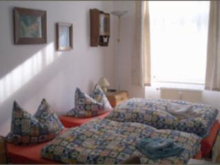 Vacation Apartment in Leipzig - 700 sqft, central, comfortable (# 2618) - Halle vacation rentals
