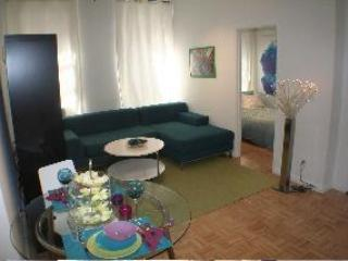 694.1 Bedroom Brownstone Apartment by Central park - New York City vacation rentals