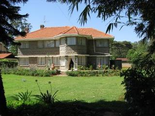 Murangi House - Luxury near Nairobi National Park! - Nairobi vacation rentals