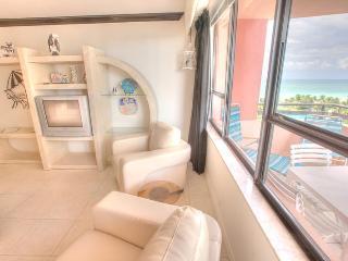 2 bedroom Condo, Oceanfront Resort- Unit 911 - Miami Beach vacation rentals