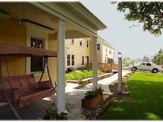The Elmere House Bed and Breakfast Wells, Maine - York Harbor vacation rentals