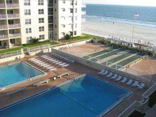 2BR/2BA CONDO;GREAT VIEW AND SUMMER RATES! - New Smyrna Beach vacation rentals