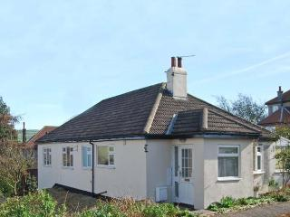 MONKEY PUZZLE PLACE, all ground floor accommodation, en-suite facilities, with conservatory in Sleights, Ref: 15140 - Staithes vacation rentals