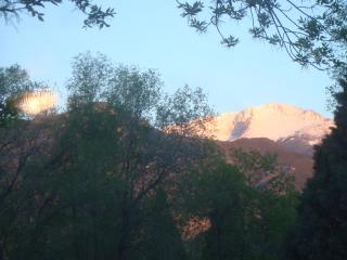 PIKES PEAK COTTAGE By Garden Of The Gods, Mtn View - Manitou Springs vacation rentals