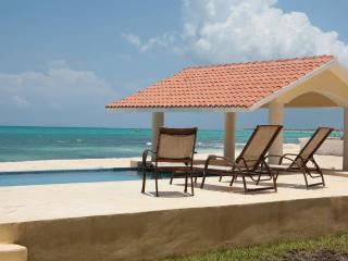 Villa Carolina - RMA - Playa Paraiso vacation rentals