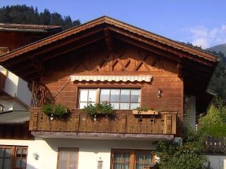 Vacation Apartment in Garmisch-Partenkirchen - 990 sqft, quiet yet central location (# 2649) - Garmisch-Partenkirchen vacation rentals