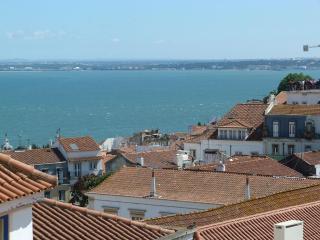 SAO VICENTE I, panoramic view flat & balcony - Lisbon vacation rentals