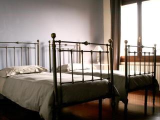 locanda castel de britti - Bologna vacation rentals