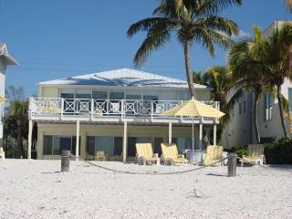 Bonita Dolphin Waterfront Luxury! Large Groups - Bonita Springs vacation rentals