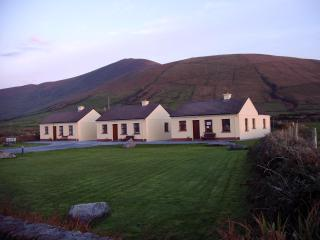 Suantra cottages at Dingle Peninsulas' scenic tip - Ballydavid vacation rentals