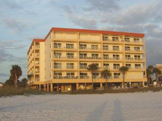Madeira Norte Gulf front on Madeira Beach, Florida - Madeira Beach vacation rentals