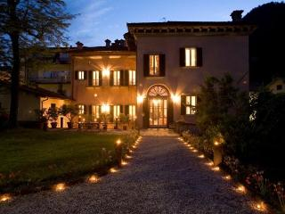 A charming experience for a memorable vacation - Molezzano vacation rentals