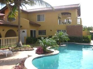 Aruba Beach Villa 5 bedroom 200 steps arashi Beach - Image 1 - Malmok Beach - rentals