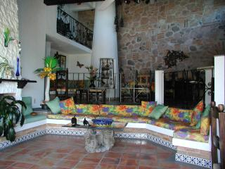 CASA OWAISSA:LOVELY HOME: PRIVATE POOL:LOCATION - Puerto Vallarta vacation rentals
