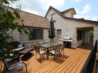 Cottage on 2 acres Overlooking Lake Travis- Great Outdoor and Entertaining - Spicewood vacation rentals