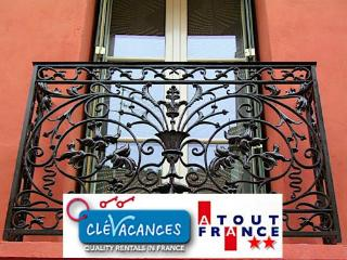 Perpignan Centre WIFI, TV, Central, Quiet, Clean - Tuchan vacation rentals