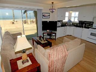 4 Bedroom Lower Level Duplex on the Sand in Oceanside, CA, on the Strand - San Diego County vacation rentals