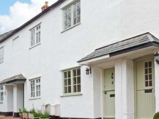LITTLE DRAGONS easy reach of beach, period cottage with woodburner in Dunster, Ref 11686 - Watchet vacation rentals