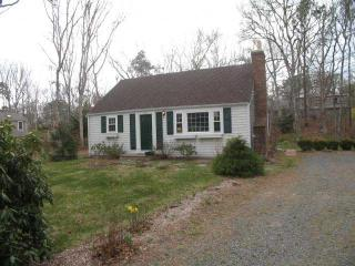 Lovely affordable 4 bedroom home with A/C in all bedrooms - BR0469 - Brewster vacation rentals